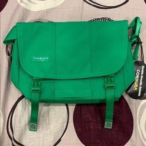 Timbuk2 messenger bag size XS in green